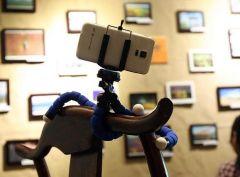 Flexibilní stativ pro telefon či fotoaparát